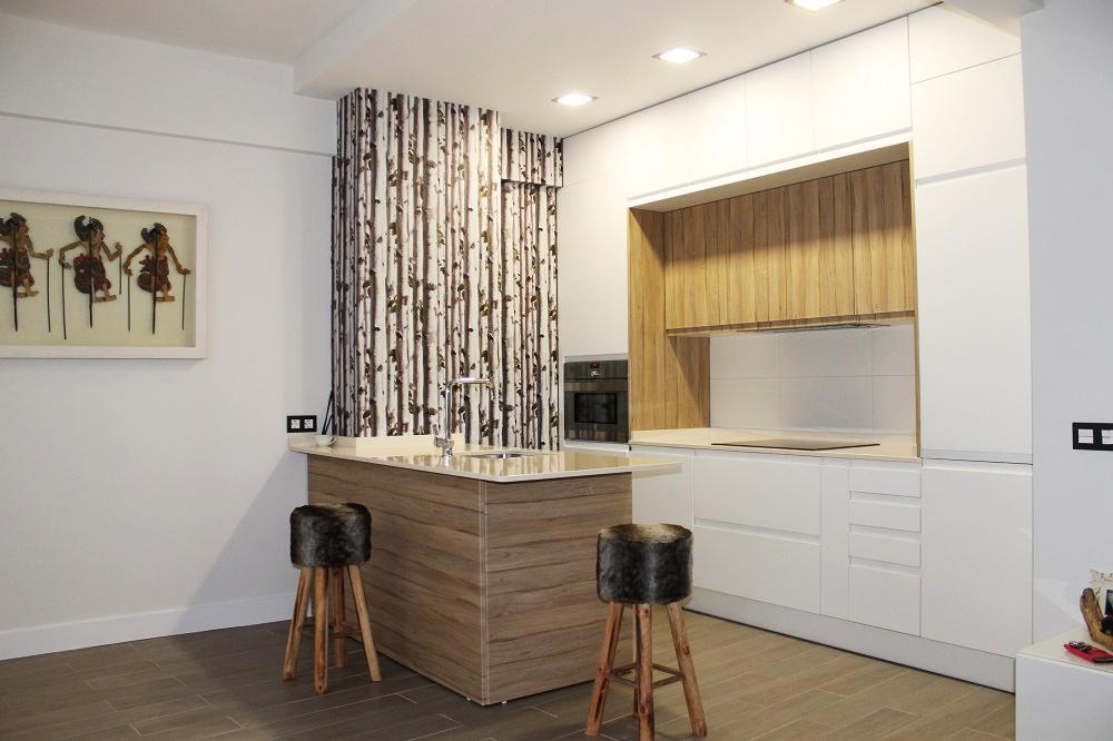 Cocinas abiertas o cerradas cocimobel for Ver cocinas modernas